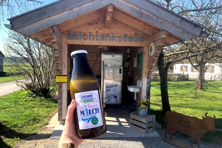 Milchtankstelle in Schongau von Biohof Jocher